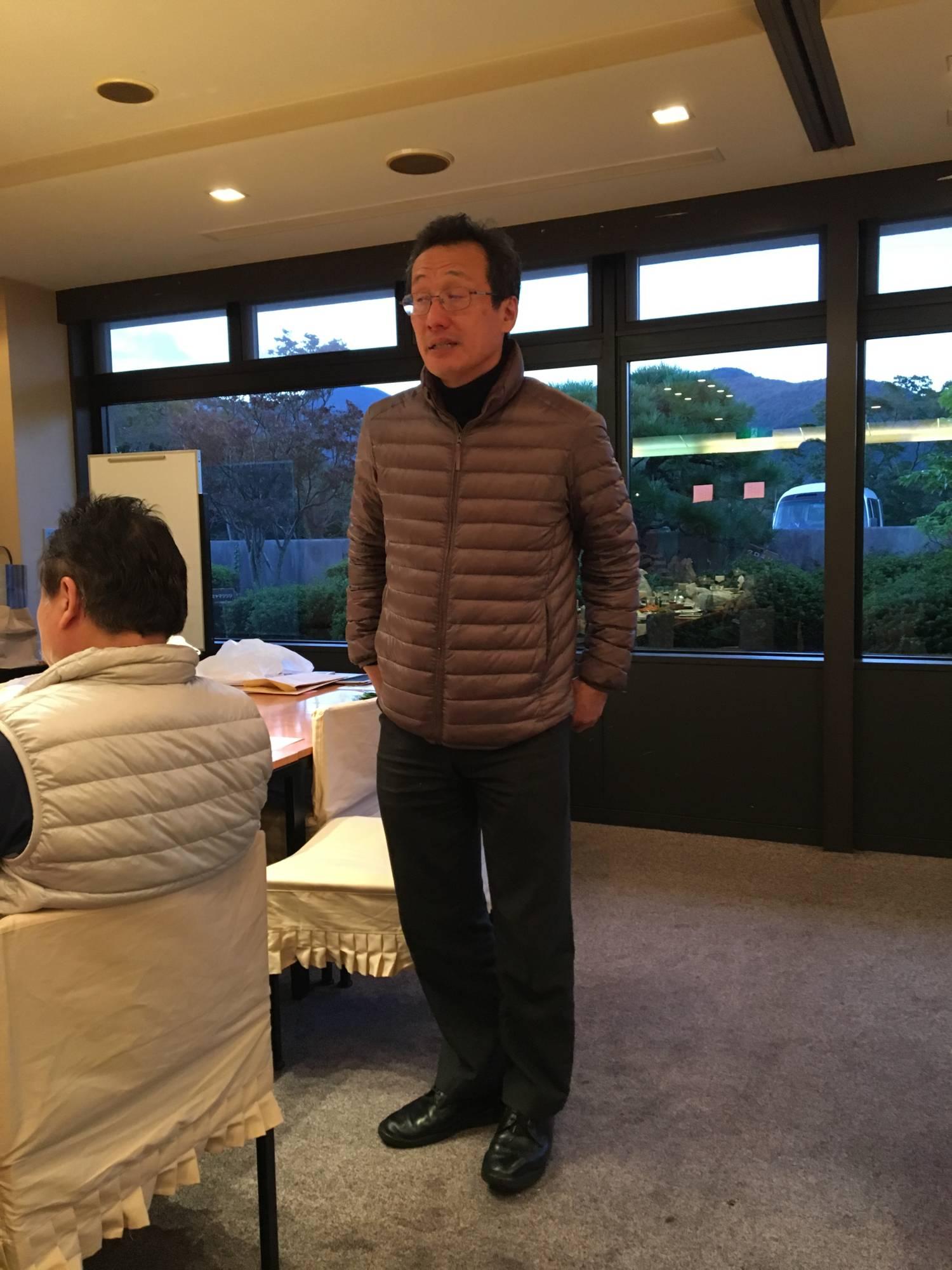 山崎先生のご挨拶。さらなる東海大学とOB会の連携を呼びかけておられました