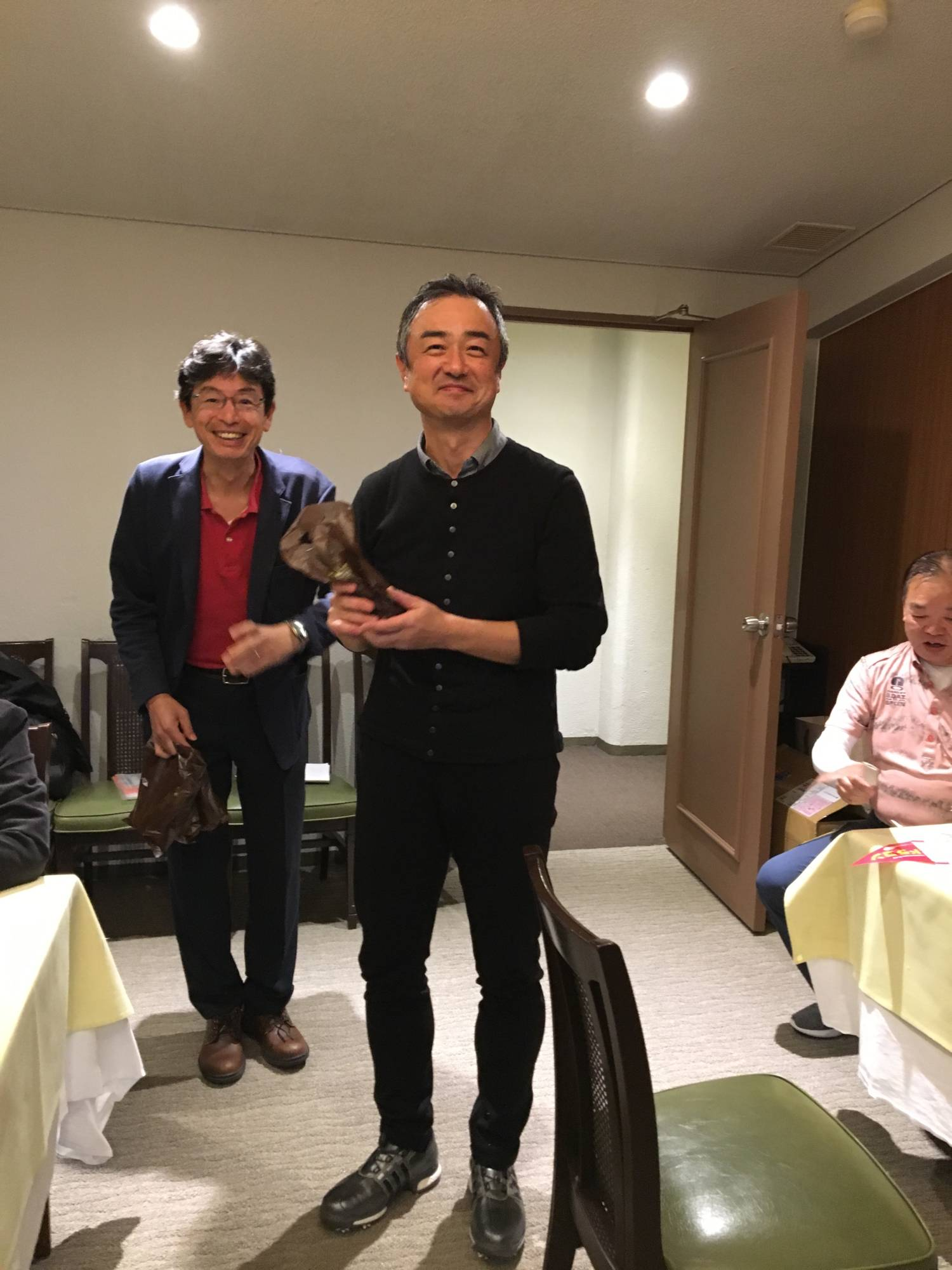 初参加上田氏と幹事の山田氏