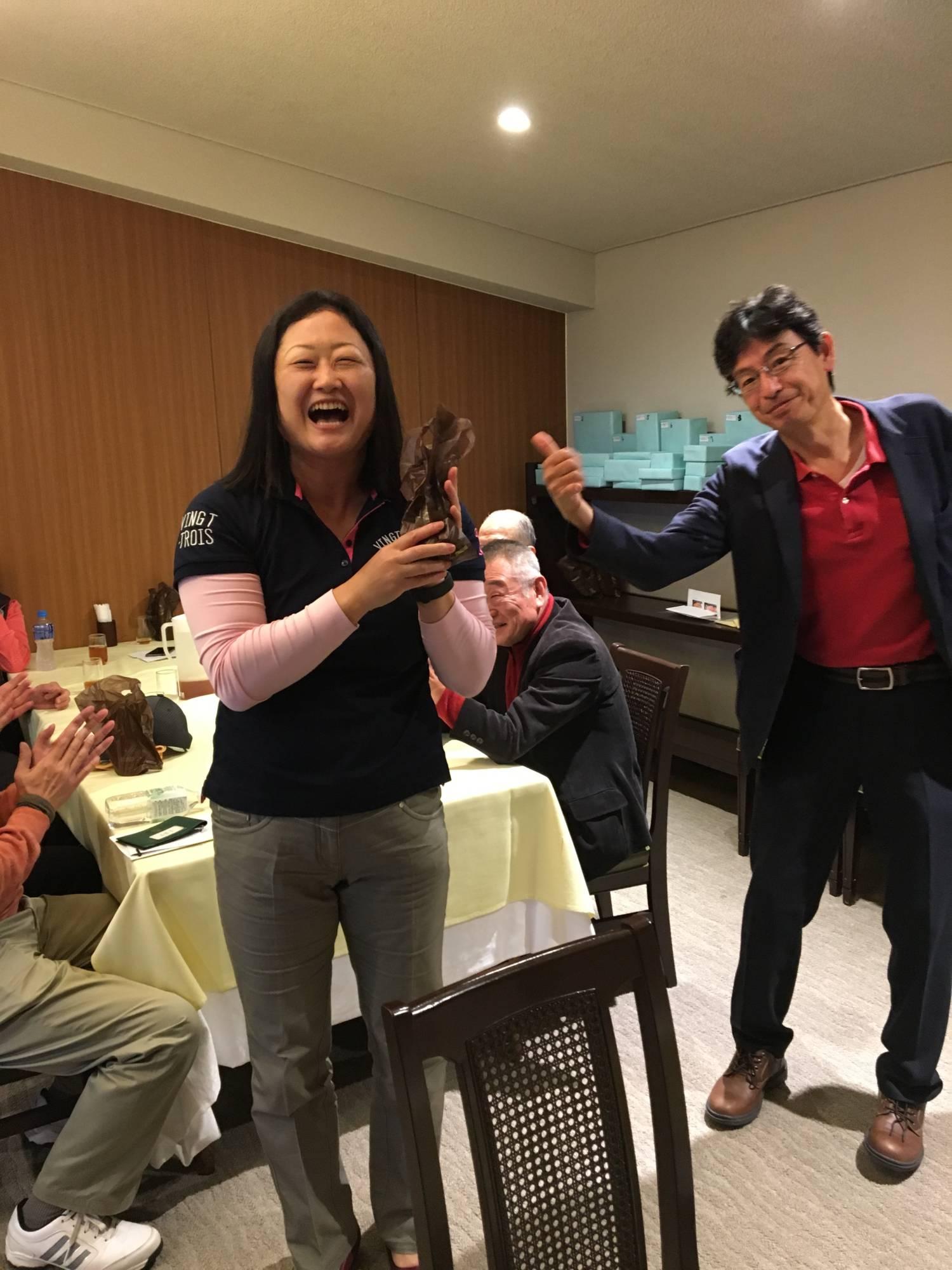 斎藤氏と幹事の山田氏