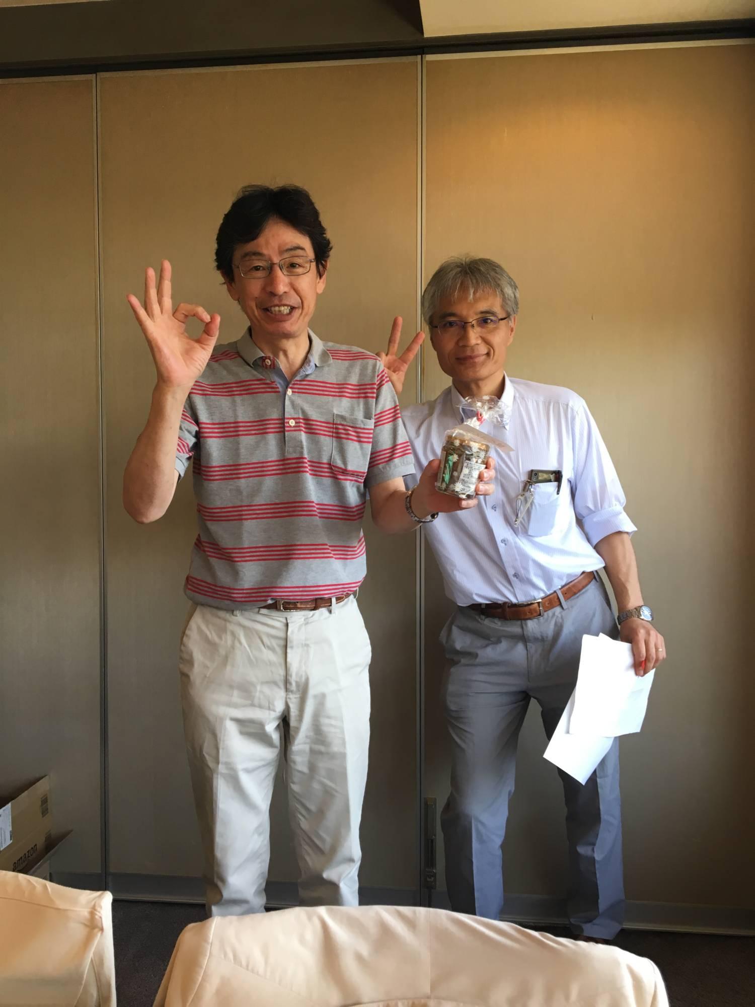 山田さん(左)秀島さん