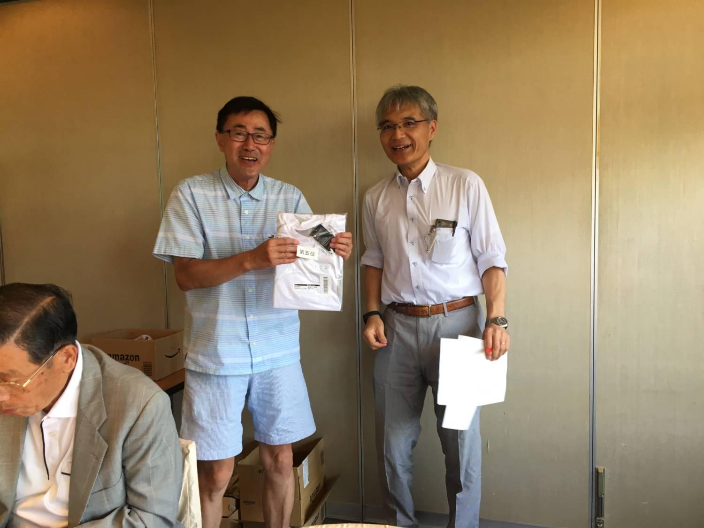 神野さん(左)