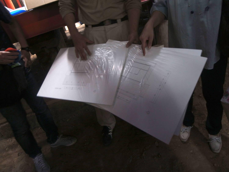 解体作業の進行具合や修復箇所の説明